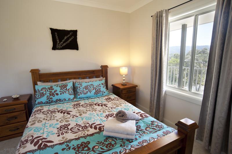 Mountain View Queen Bedroom